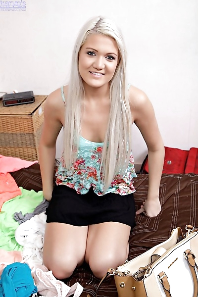 Young amateur girl with..