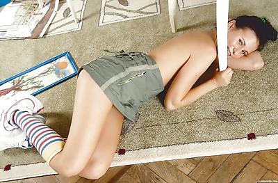 Young solo girl Tamara H..