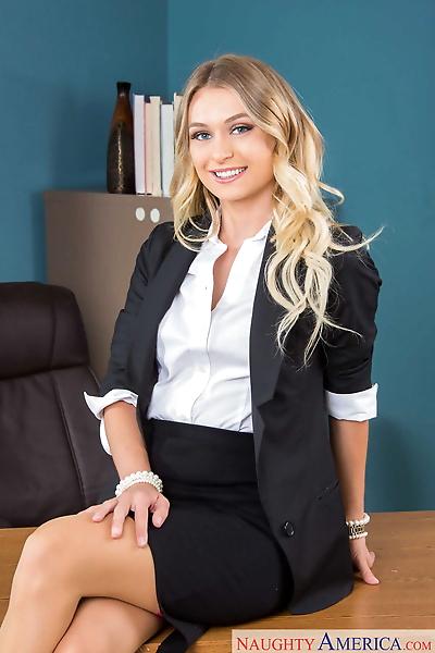 Sexy secretary Natalia Starr..