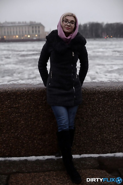 Geeky 19-year-old teen Anna..